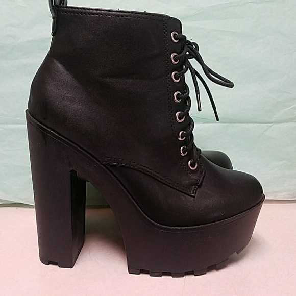 Black 6 Inch Chunky Heel Lace Up Ankle Boots M_5aa443e1daa8f625d8ff267f